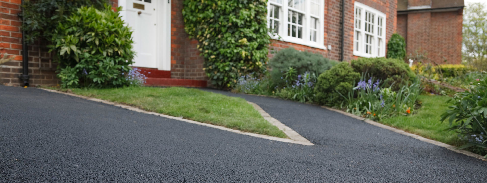 Tarmacadam Surfacing